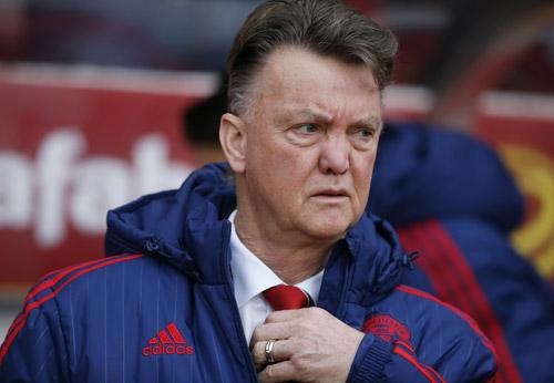 HLV Van Gaal có thể chuyển trọng tâm từ Ngoại hạng Anh sang Europa League. Ảnh: Reuters.