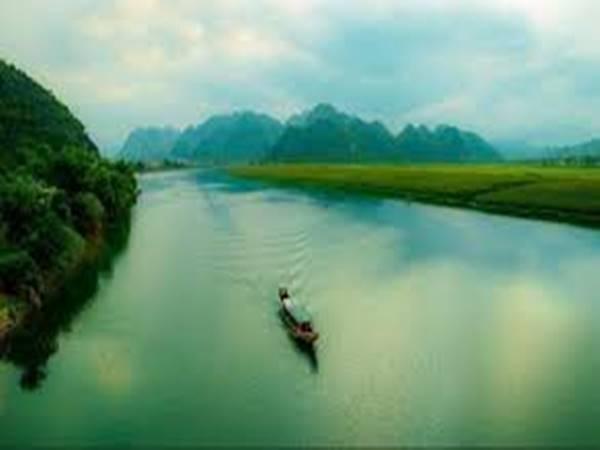 Chiêm bao mơ thấy dòng sông đánh con gì?