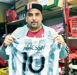 Bóng đá quốc tế tối 11/9: Messi tặng kỷ vật vô giá khi gặp lại cố nhân sau 21 năm